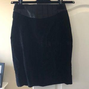 🎩 Club Monaco velvet tuxedo skirt